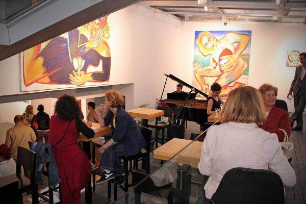 Elvira_Bach_Anna_Laudel_Contemporary_Opening_Bagdat_Cad_2013_09
